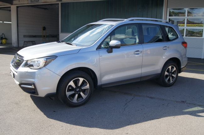 suv Subaru Forester 2.0i Swiss Plus