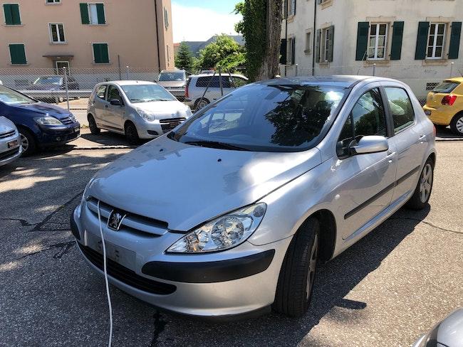saloon Peugeot 307 2.0 16V XS