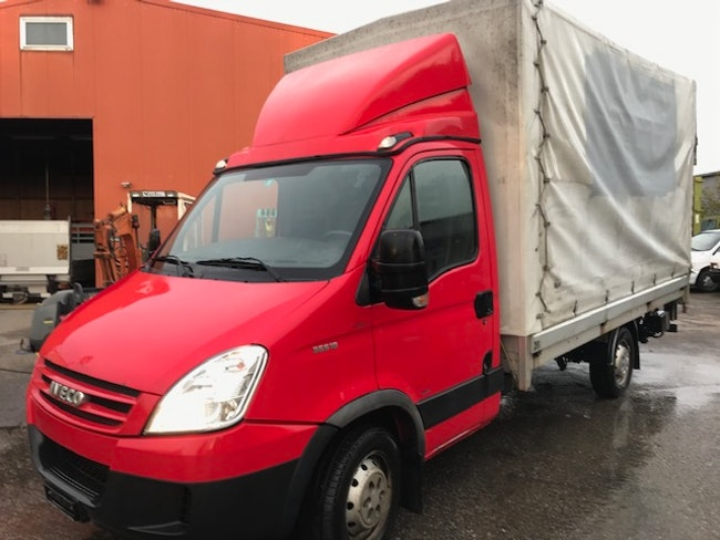 van Iveco Daily / Turbo Daily Daily 35 S 18 K.-Ch. 3750 3.0 HPT 176