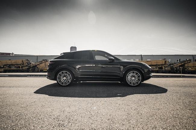 suv Porsche Cayenne Turbo Coupé