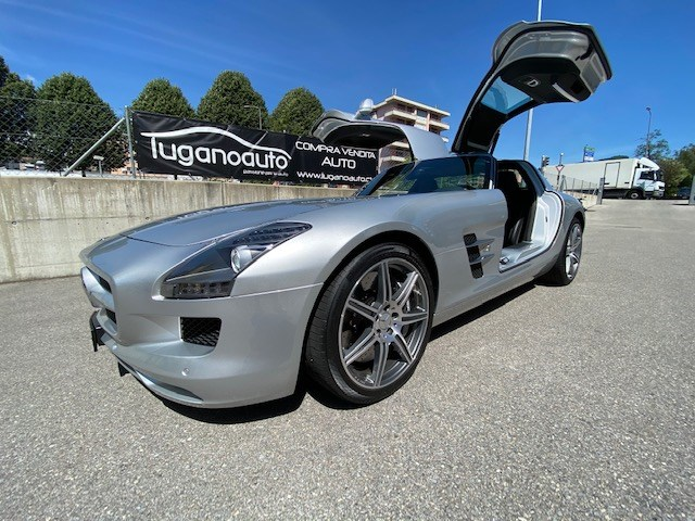 sportscar Mercedes-Benz SLS 63 AMG Speedshift