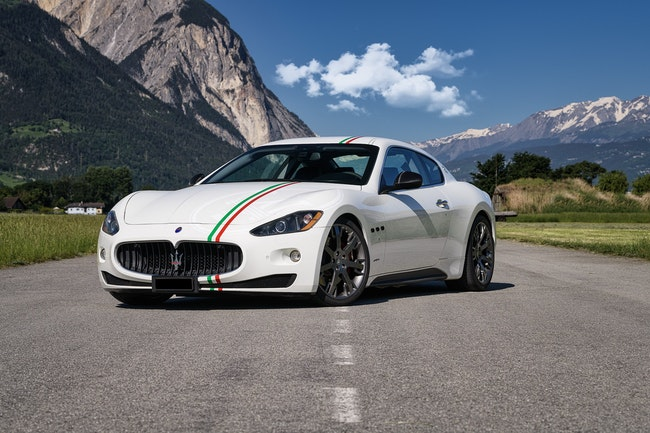 sportscar Maserati GranCabrio/Granturismo GranTurismo S