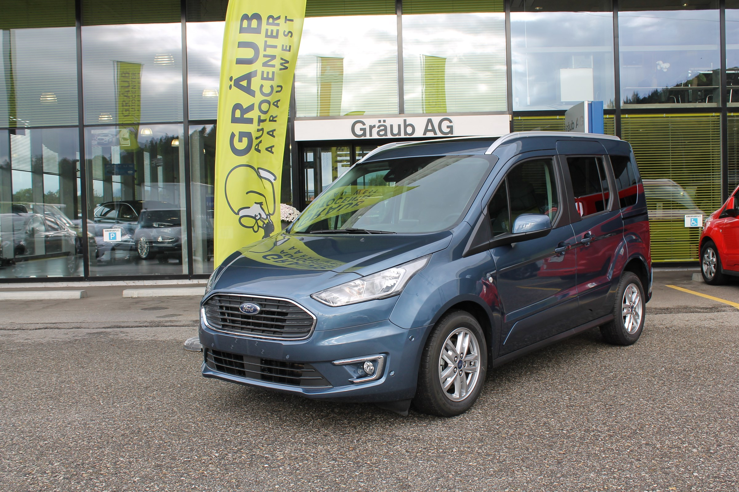 bus Ford Connect Tourneo Connect 1.0 SCTi Titanium