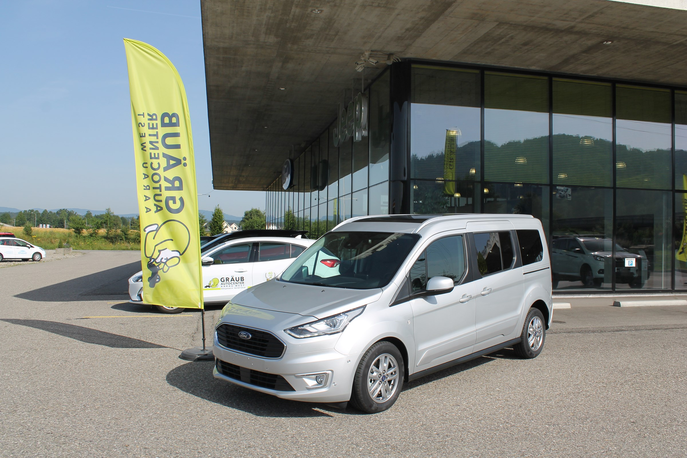 bus Ford Connect Grand Tourneo Connect 1.5 EcoBlue Titanium Automat