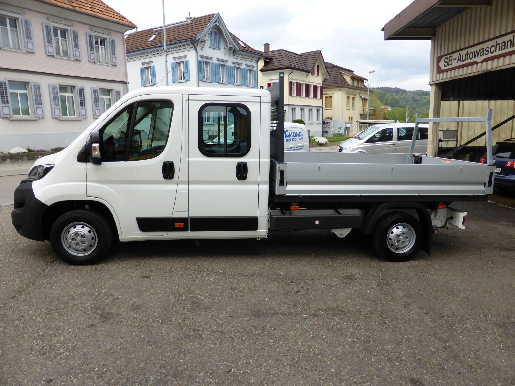 bus Peugeot Boxer 2.2 HDI 335 Pro L3