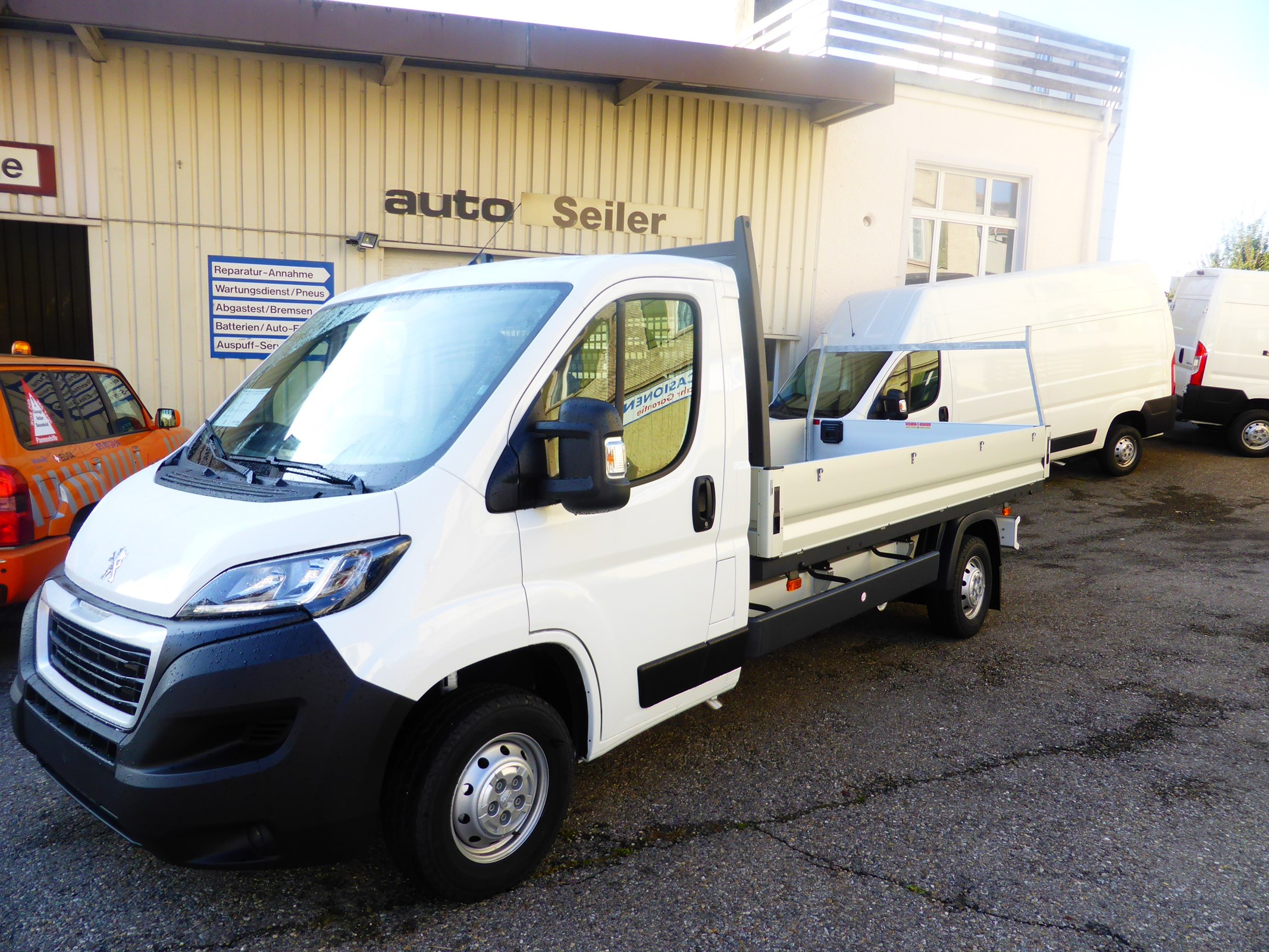 pickup Peugeot Boxer L3 Pritsche Mod 2020 140 Ps. Heavy 3 To. Ahk