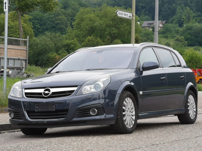 saloon Opel Signum 2.8 Turbo V6 Diamond Automatic MFK 29.11.2018
