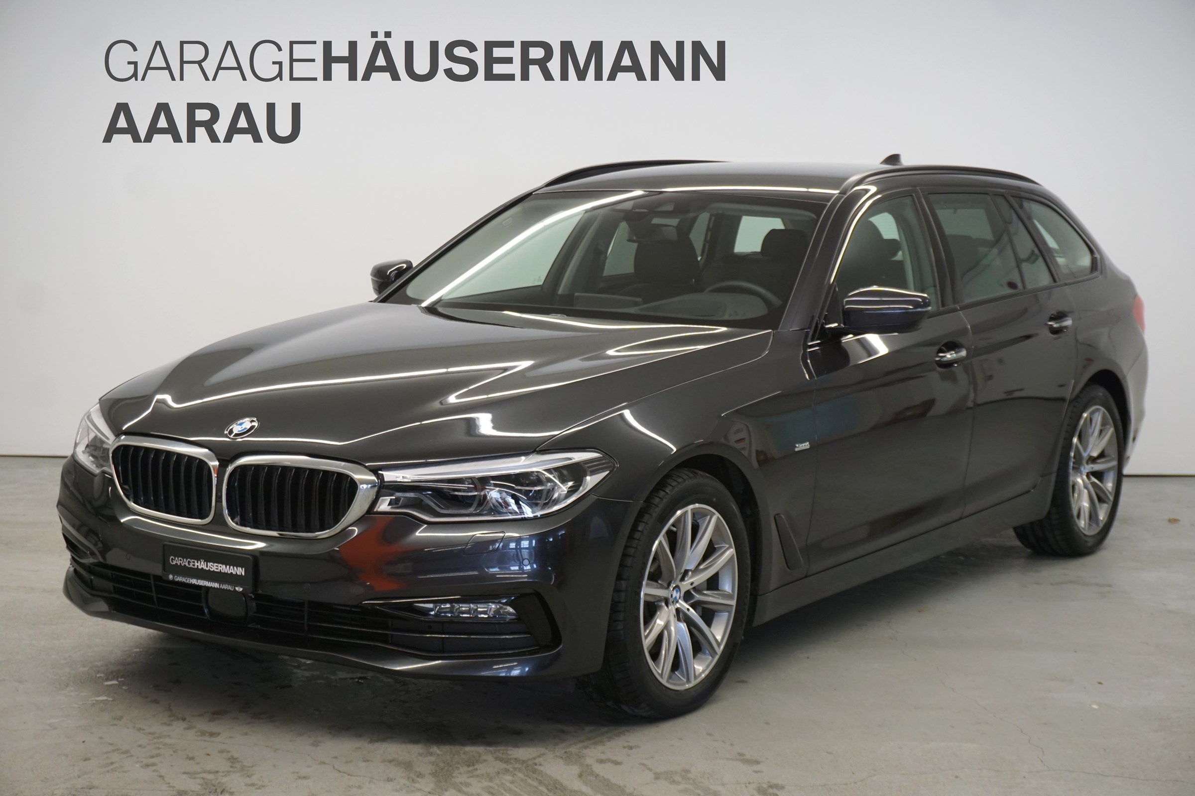 estate BMW 5er 530d xDrive Touring Sport Line Steptronic