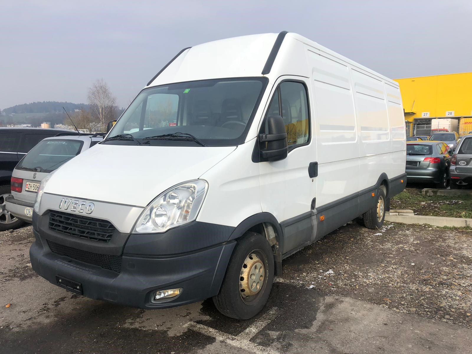 saloon Iveco Daily / Turbo Daily Daily 35 S 15 VL