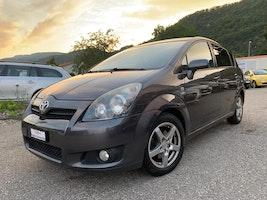 Toyota Corolla COROL. VERSO Corolla Verso 2.2 D-4D CleanP. Linea Sol Prem. 215'000 km 2'900 CHF - buy on carforyou.ch - 2