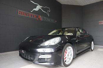 saloon Porsche Panamera 4.8 V8 Turbo PDK