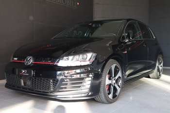 saloon VW Golf VII 2.0 TSI GTI Performance DSG