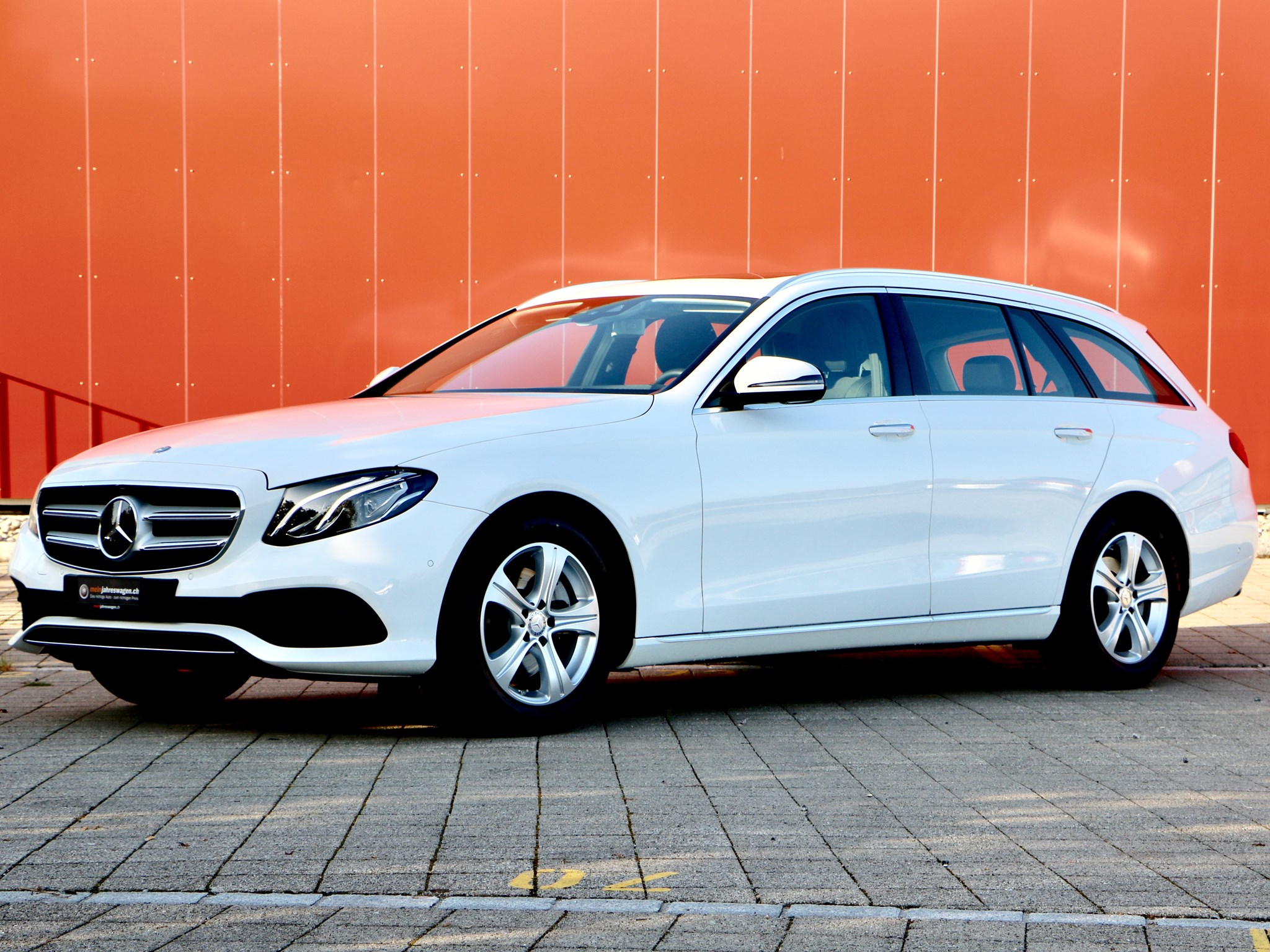 estate Mercedes-Benz E-Klasse E 220 d Avantgarde 9G-Tronic