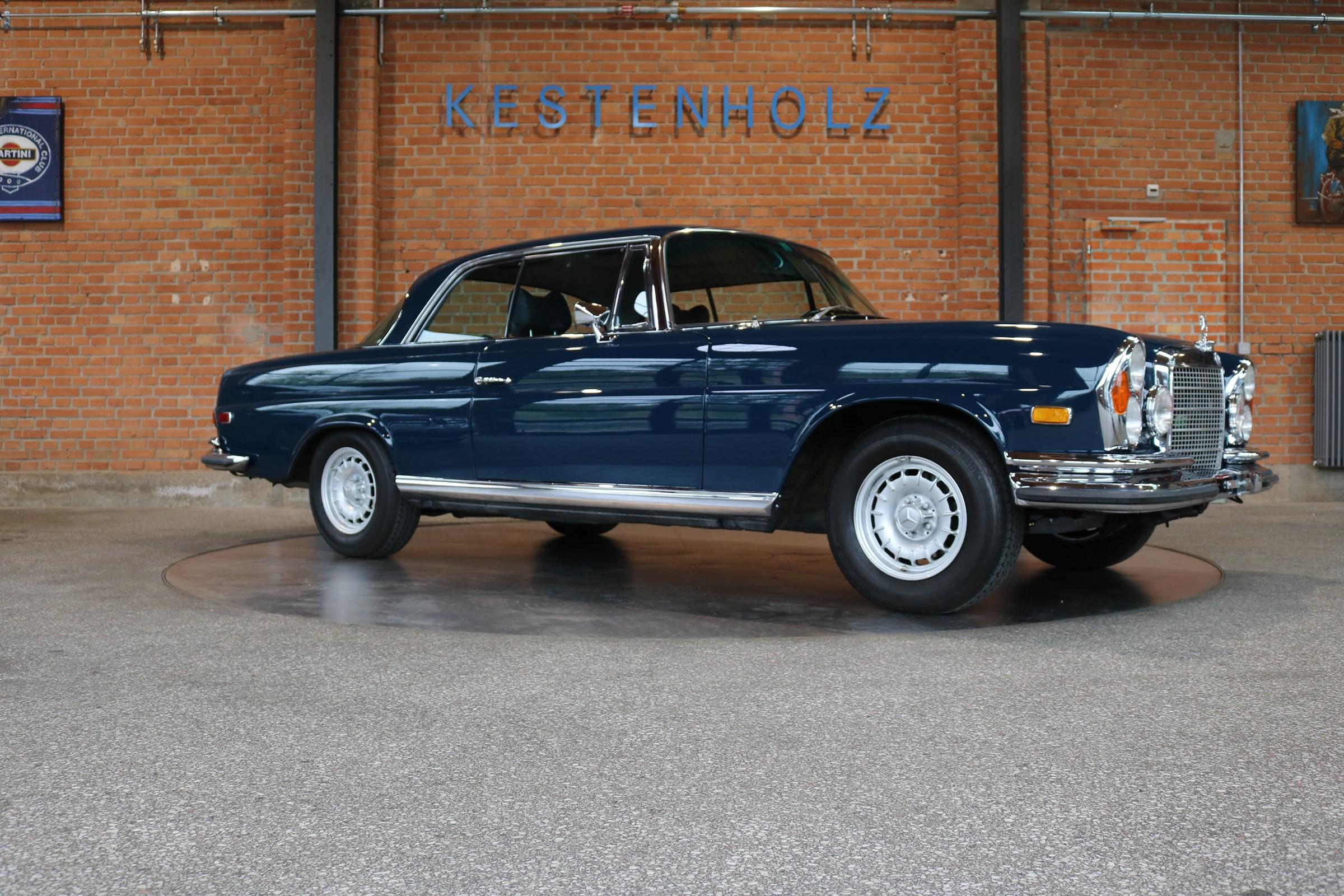 coupe Mercedes-Benz 280 SE 3.5