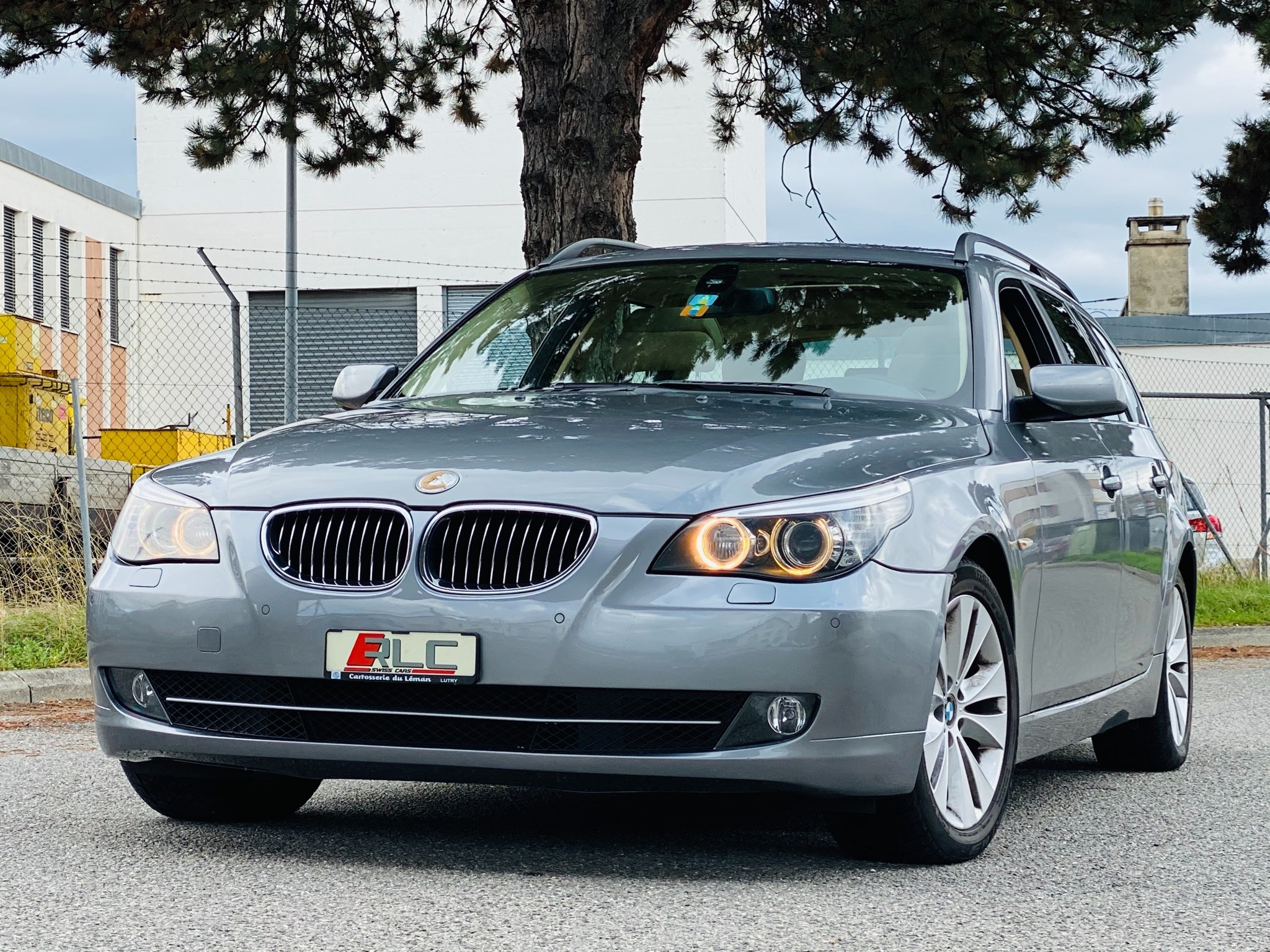 estate BMW 5er 550i Touring Steptronic