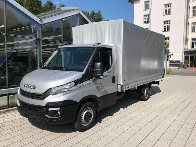 saloon Iveco Daily / Turbo Daily Daily 35 S 16 A8