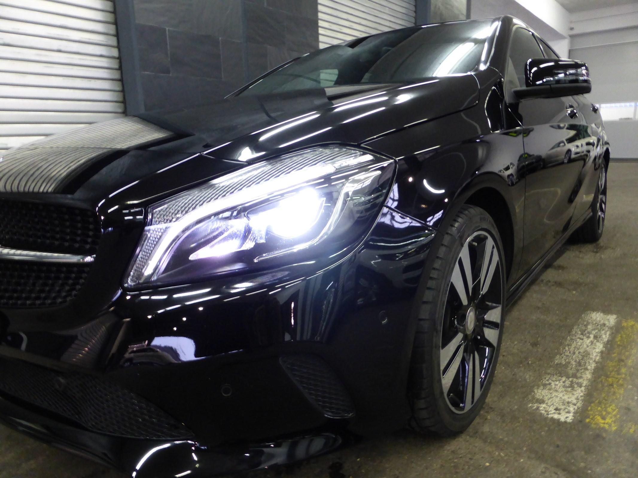 saloon Mercedes-Benz A-Klasse A 200 CDI Night Star 7G-DCT