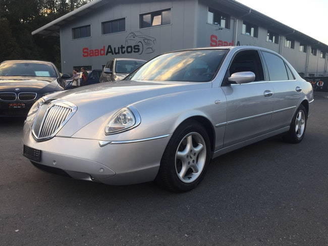saloon Lancia Thesis 3.0 V6 Executive