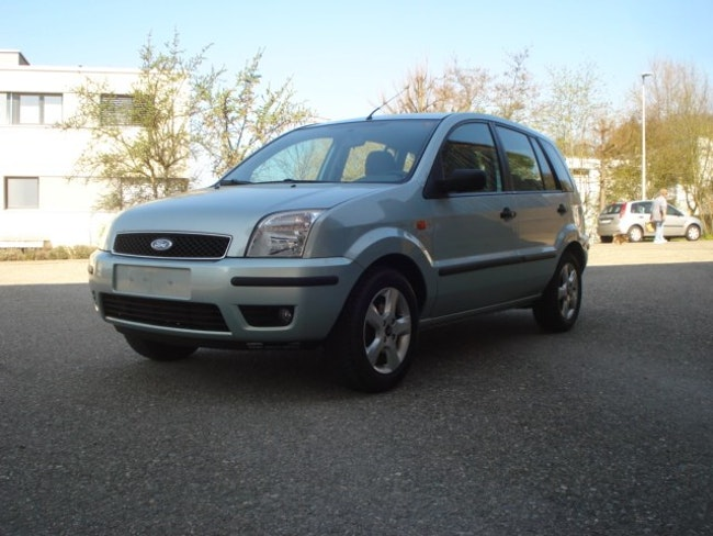 van Ford Fusion 1.6 16V Plus
