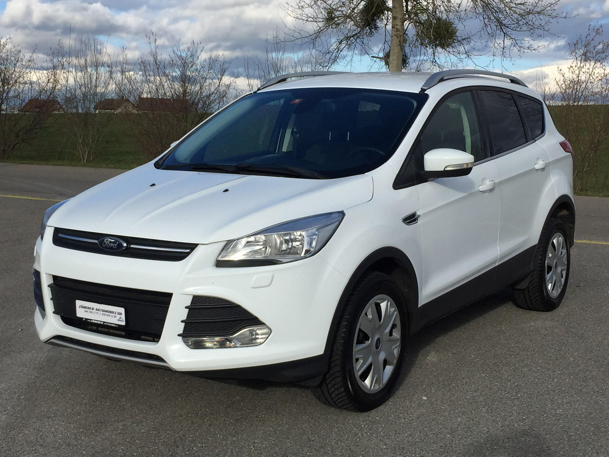 suv Ford Kuga 1.6 SCTi Carving 4WD Automatic