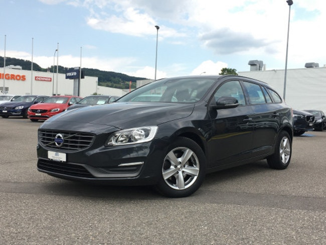 estate Volvo V60 D2 Kinetic