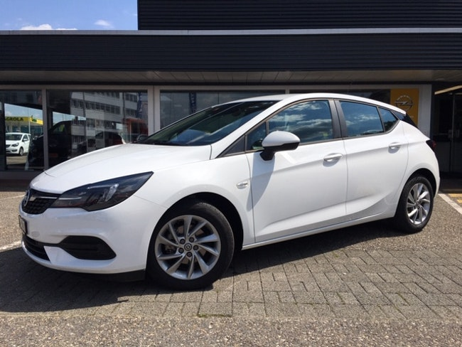 saloon Opel Astra 1.2 T 130 Edition S/S