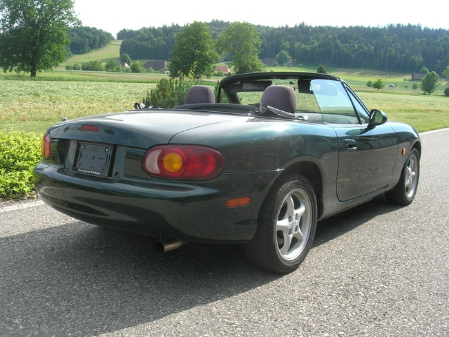cabriolet Mazda MX-5 1.8i-16V Youngster