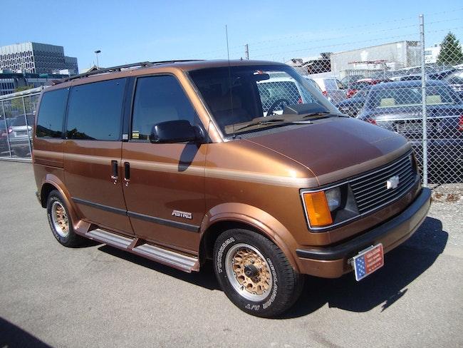 van Chevrolet Astro 4.3 LT