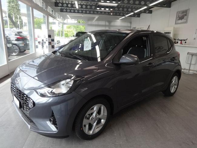 saloon Hyundai i10 1.0 Launch