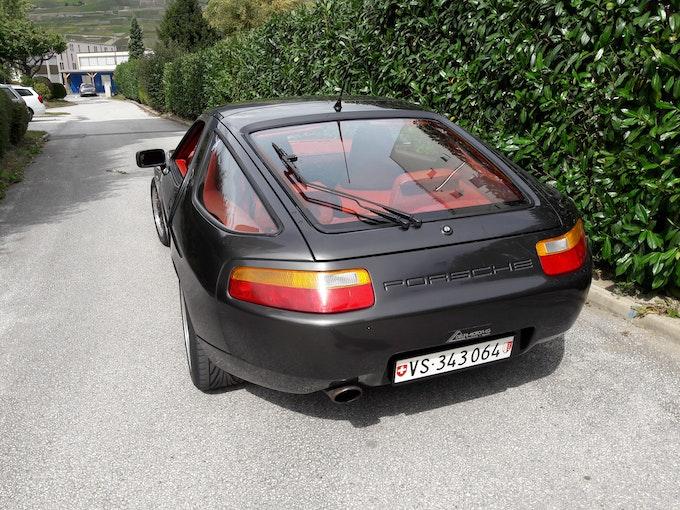 Porsche 928 5.0 S4 169'000 km 29'000 CHF - acquistare su carforyou.ch - 1