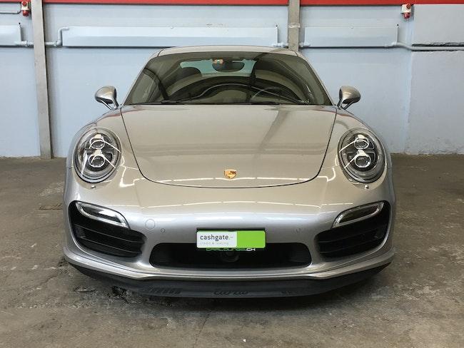 sportscar Porsche 911 Turbo PDK