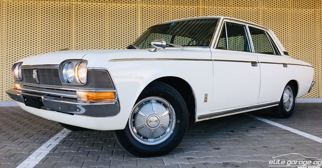 saloon Toyota Crown 2300 De Luxe