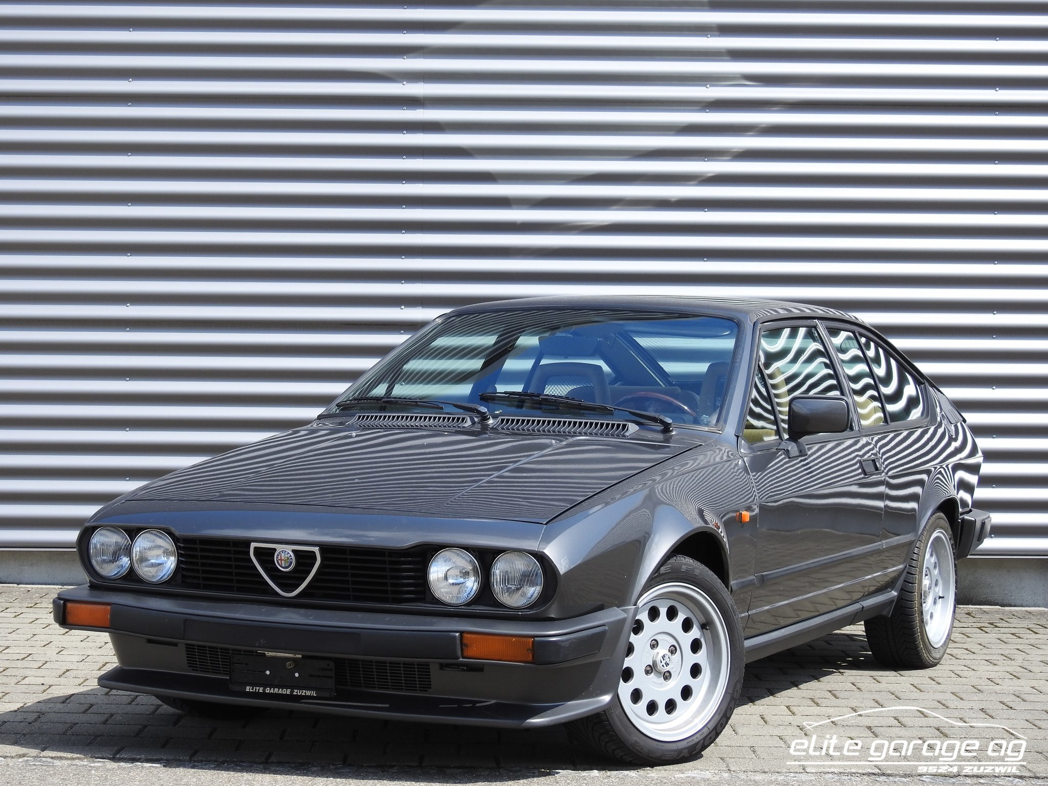 coupe Alfa Romeo GTV 2.0 L