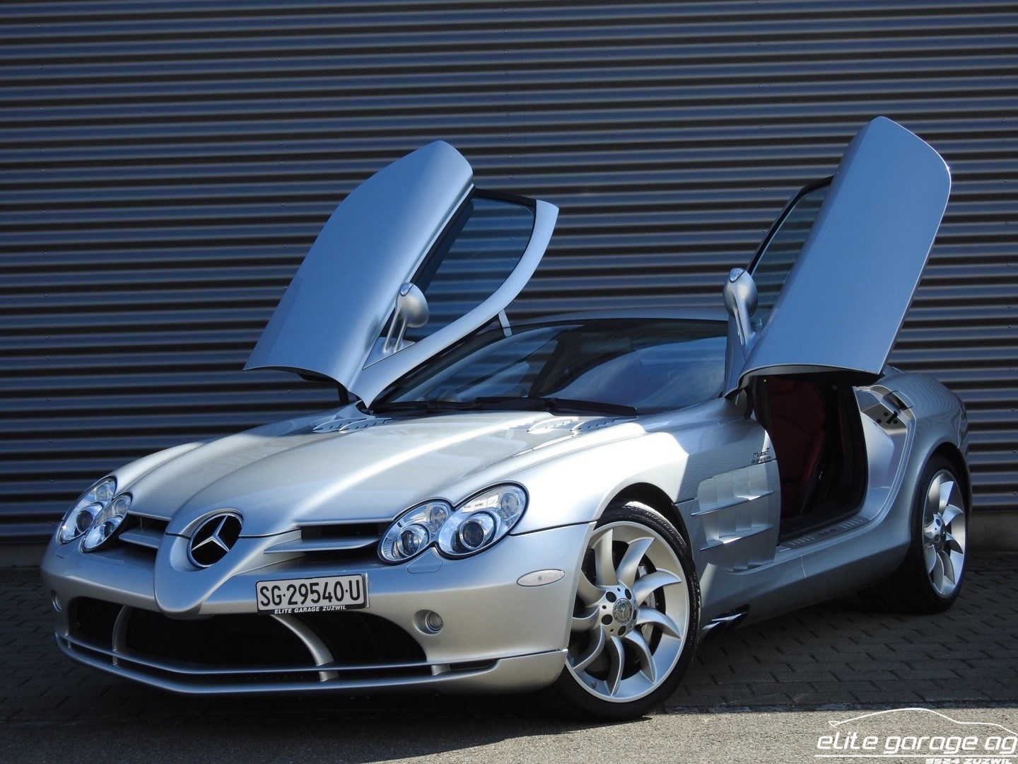 coupe Mercedes-Benz SLR McLaren 730PS