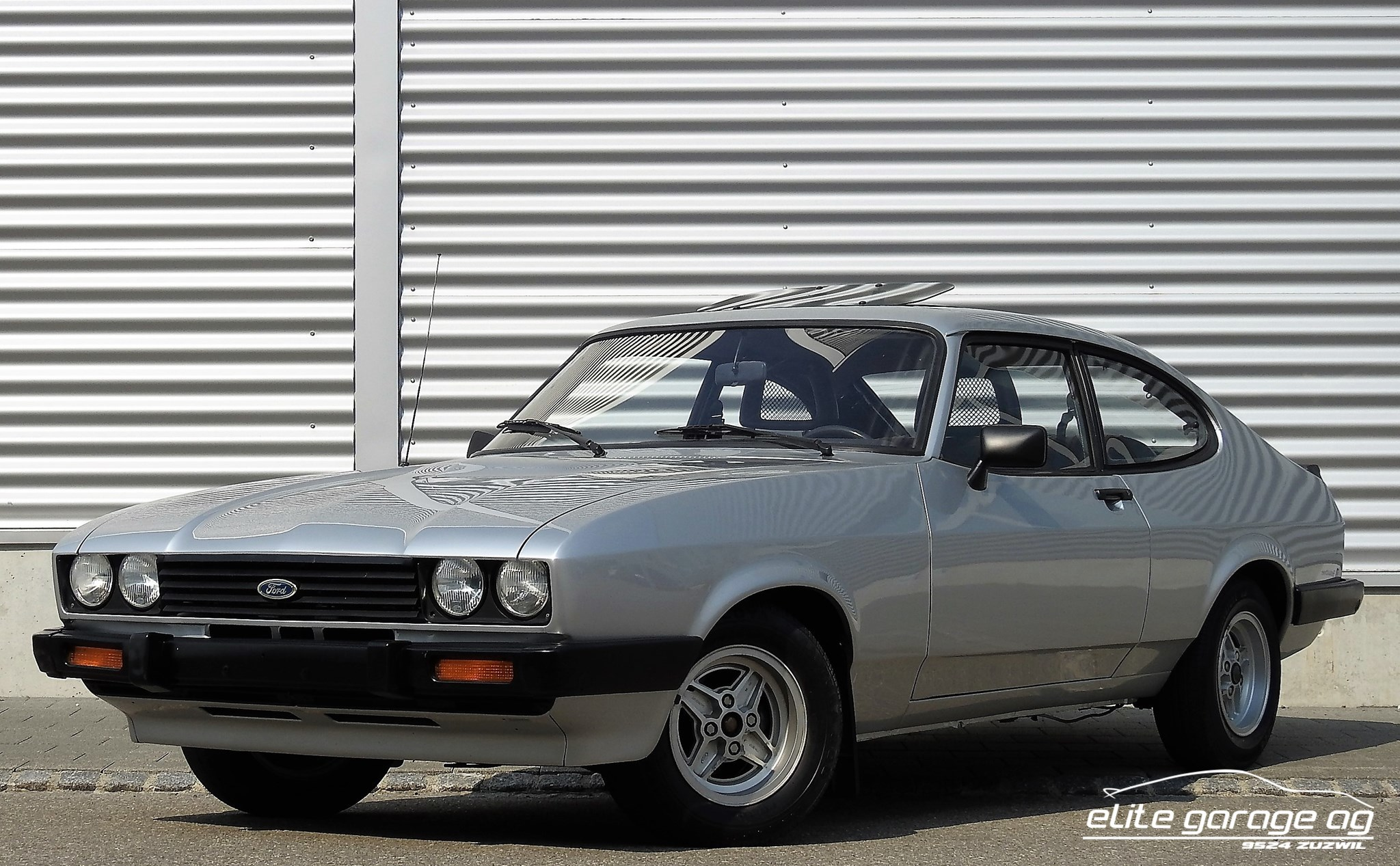 coupe Ford Capri 2300 Ghia