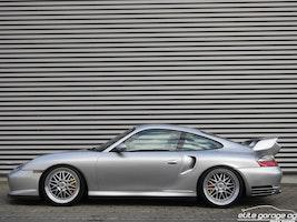 Porsche 911 GT2 61'300 km CHF114'800 - buy on carforyou.ch - 3