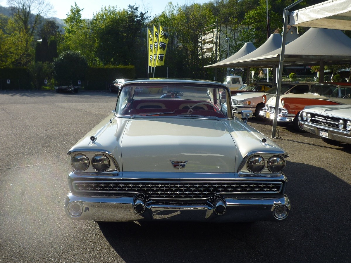 coupe Ford Fairlane 500 Club Victoria