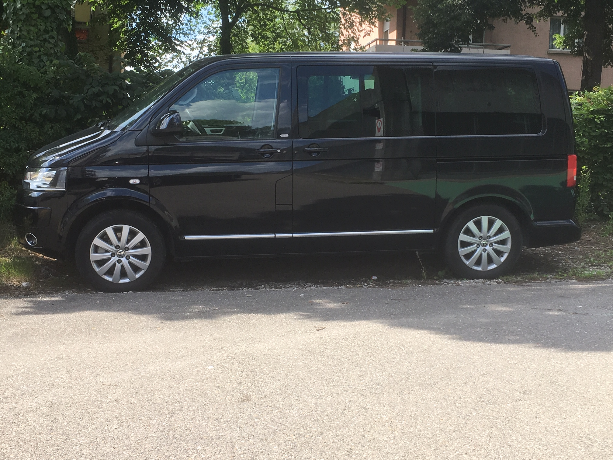 bus VW T5 Multivan 2.0 TDI 180 BMT Highl. DSG 4m