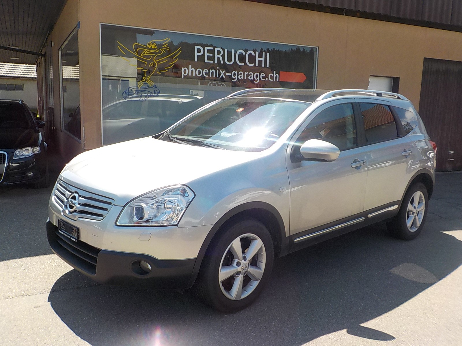 Buy Used Car Suv Nissan Qashqai 2 2 0 Dci 4wd Acenta Automatic 138900 Km At 8500 Chf On Carforyou Ch