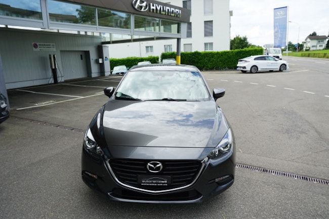 saloon Mazda 3 G 100 Ambition