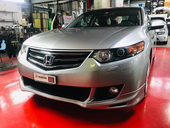 saloon Honda Accord 2.4i 16V Executive-Plus Automatic