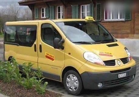 bus Renault Trafic 9 Plätze Taxi