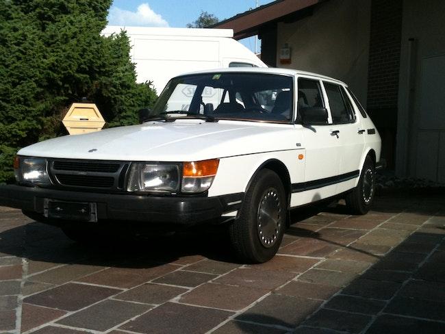 saloon Saab 900 5T. 2.0 Swiss