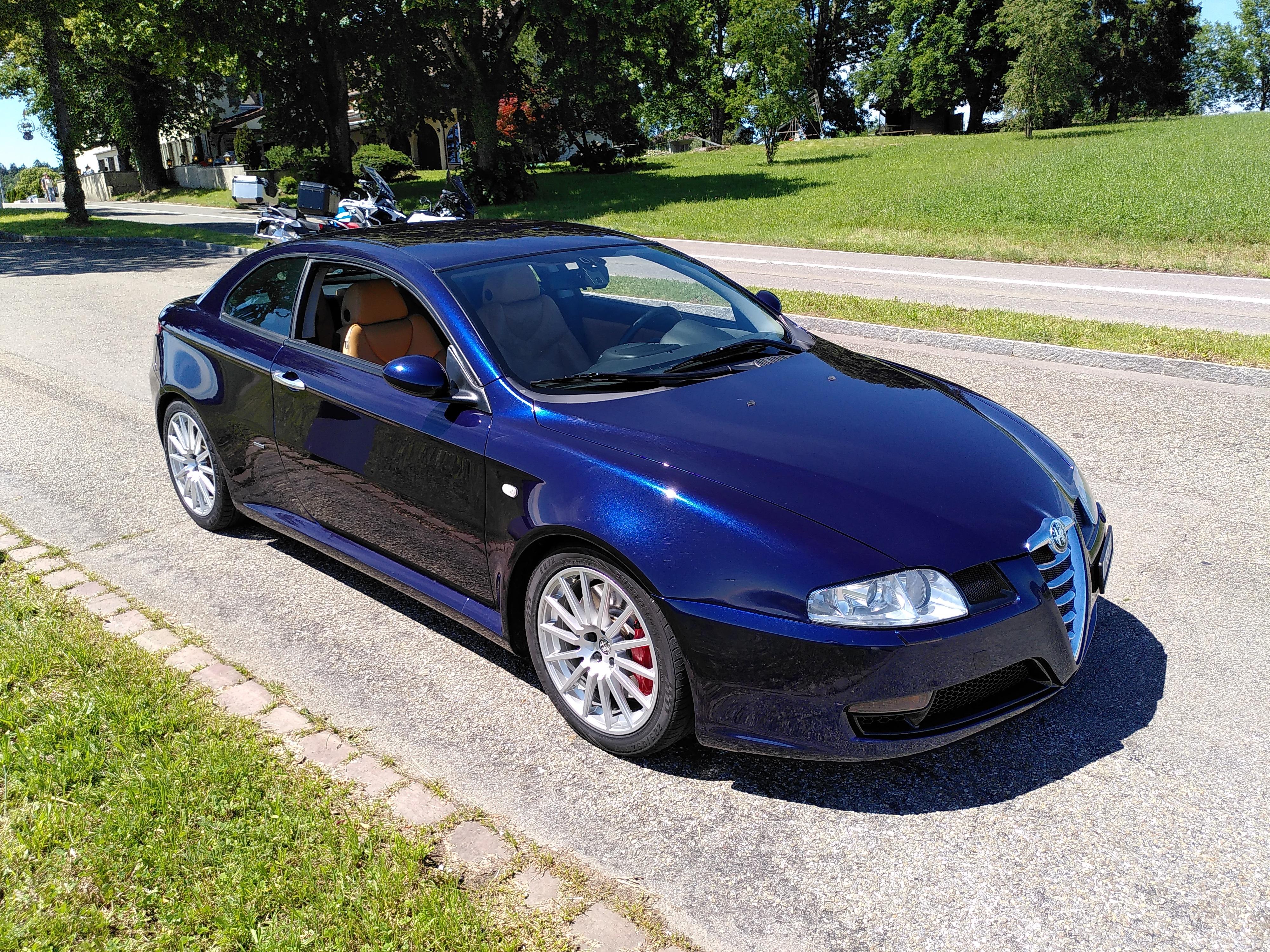 Buy Used Car Coupe Alfa Romeo Gt 3 2 V6 24v Distinctive 174000 Km At 10500 Chf On Carforyou Ch