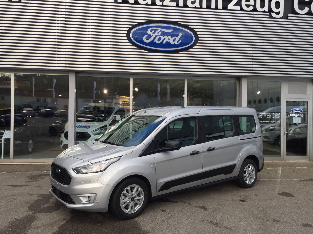 bus Ford Connect Tourneo Gr.Con.1.5 EcoBlue 100 Trend