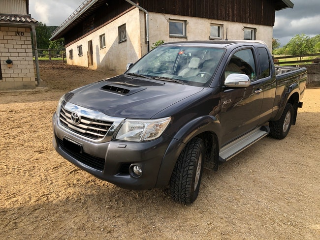 suv Toyota Hilux Extra Cab.-Pick-up 2.5 D-4D Linea Sol