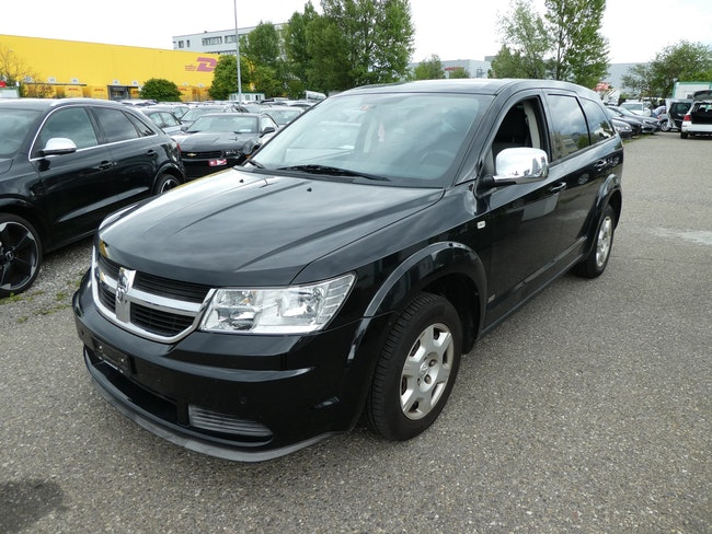 saloon Dodge Journey 2.4 SE