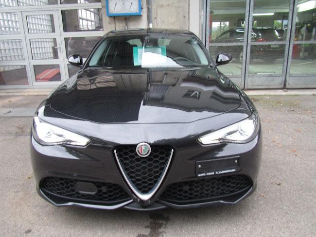 saloon Alfa Romeo Giulia 2.0 Veloce Q4