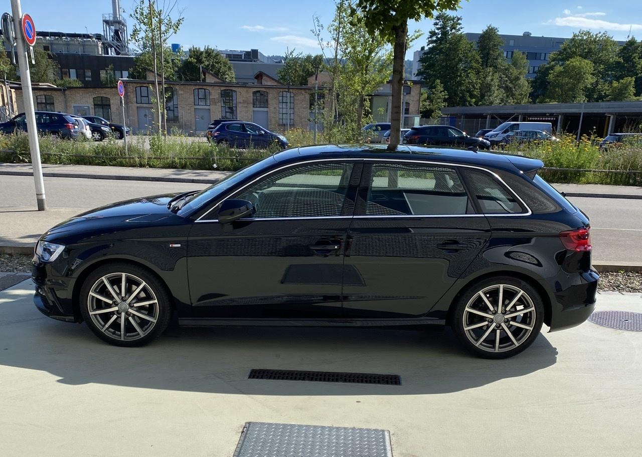 saloon Audi A3 Sportback 2.0 TDI 184 Ambition qu. S-Tr.