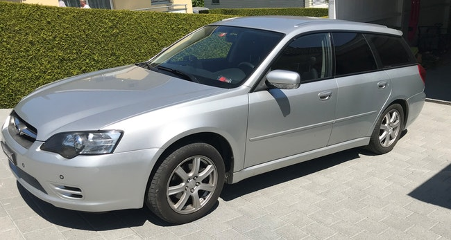 estate Subaru Legacy Station 2.0 Swiss